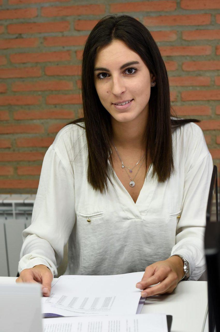 Sara Monreal Gestoría Cebollero Almacelles, Lleida