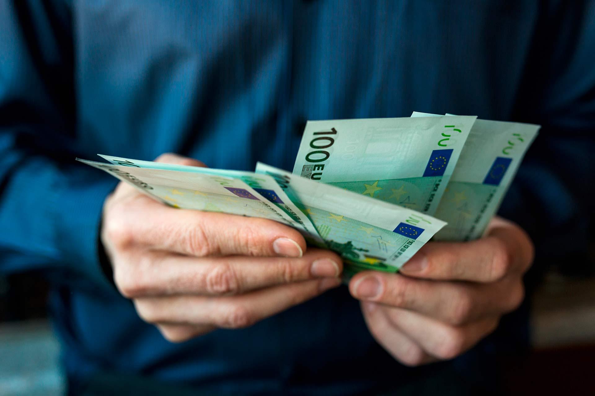 Es redueix el límit màxim per als pagaments en efectiu de 2.500 a 1.000 euros